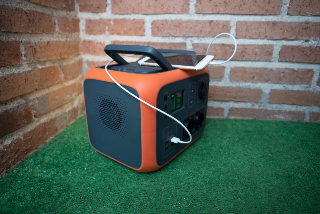 maxoak-bluetti-ac50-solar-generator-500wh-portable-solar-power-station-ac50