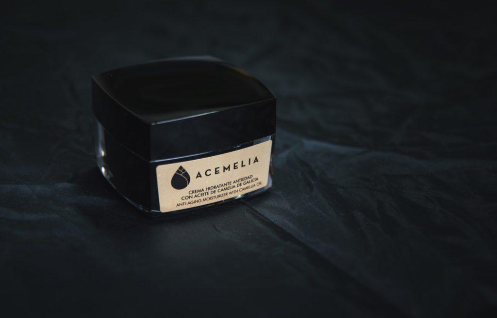 Crema antiedad de aceite de Acemelia